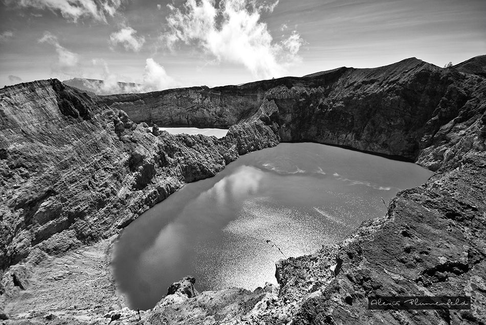 volcan_panoramique-BW-v2